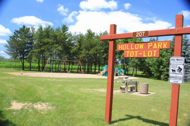 Hollow Park Entrance